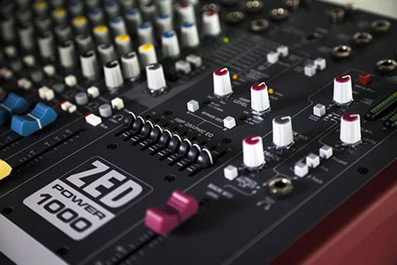 panel-kontrol-zed-1000